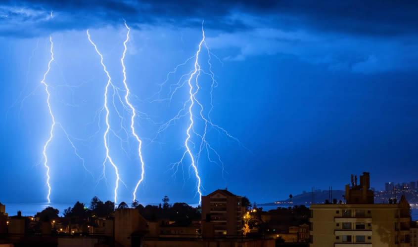 Consejos prácticos para proteger sus instalaciones comerciales contra los daños de una tormenta